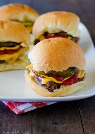 Chili Cheeseburger