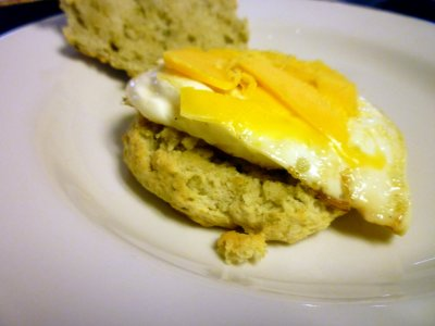 Breakfast Sandwich-Biscuit, Egg White, Cheese