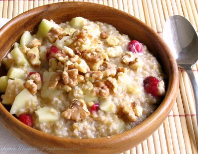 Steel Cut Oatmeal with Apple, Cranberry, Walnut & Brown Sugar, Bowl