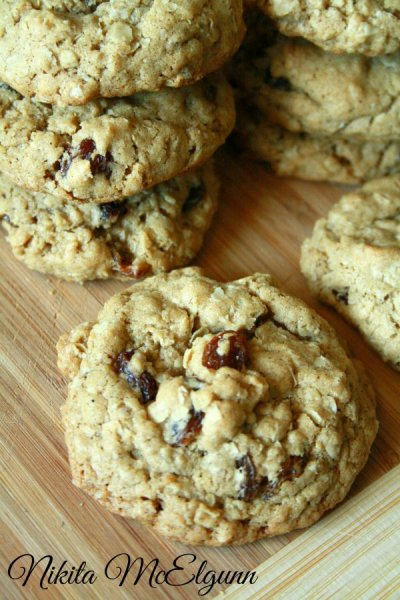 Oatmeal Raisin Spice Cookie