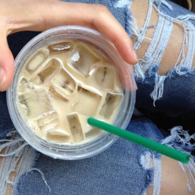Iced Cinnamon Dolce Latte, Soy Milk (Tall)