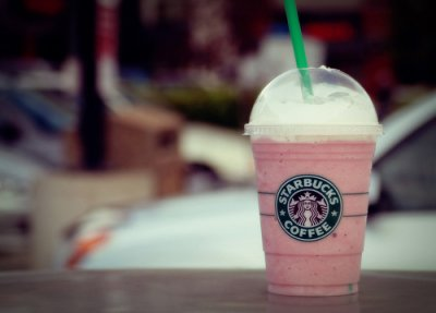 Strawberries  & Creme Frappuccino Blended Creme, Soy Milk (Mini)