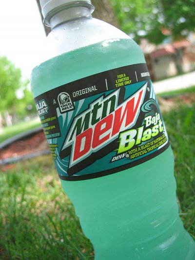 Mountain Dew Baja Blast 20 oz