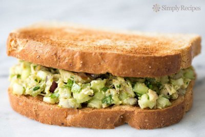 Diced Onion for Big Sandwich