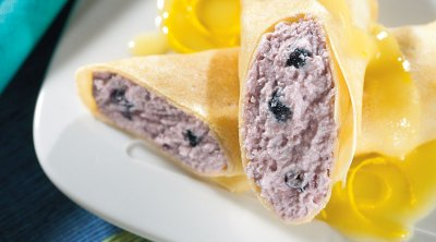 Blueberry Crepe (1 each)