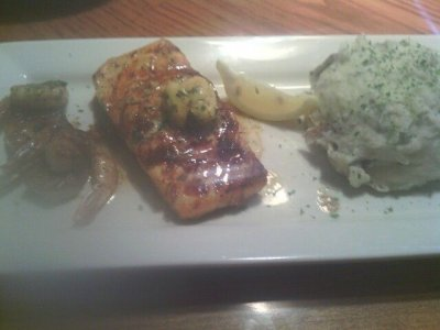 Pacific Rim Salmon & Shrimp