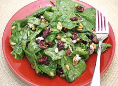 Spinach and Cranberry Salad with Pecans
