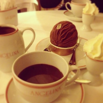Truffle Hot Chocolate w/ Whipped Cream, Large