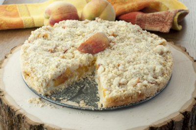 Peach Cobbler with Crumb Topping