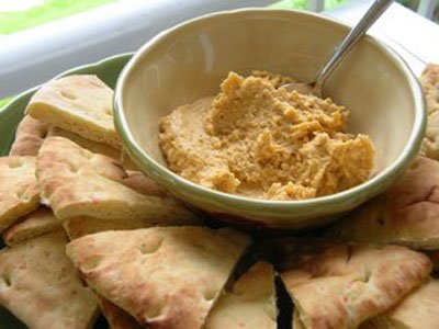 Tuscan Hummus with Wheat Whole Grain Pita
