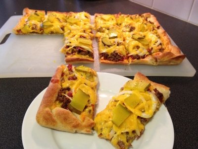 Bacon Cheeseburger (THIN CRUST: MEDIUM PIZZAS CARRY-OUT/DELIVERY)