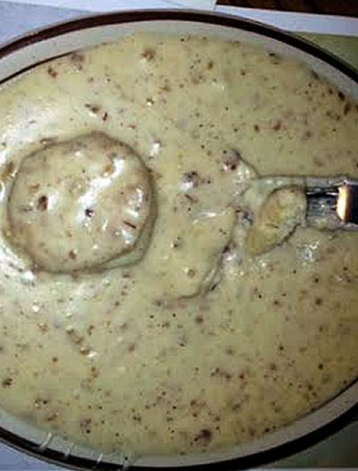 Sausage and Gravy (medium)