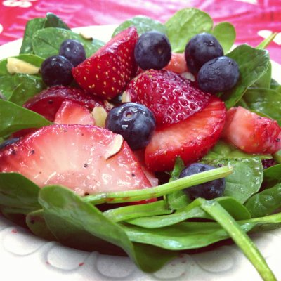 Strawberry Spinach Salad (no dressing)