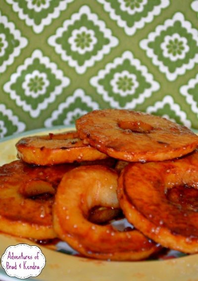 Sliced Apples With Pure Cinnamon