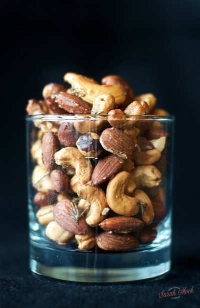 Mixed Nuts, Lightly Salted With Peanuts