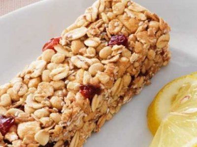 Berry Lemonade Chewy Granola Bar
