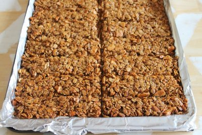 Crunchy Oats & Honey Granola Bars