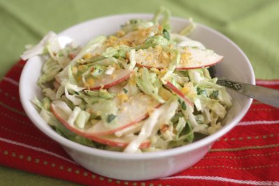 Apple-Slaw Salad (Salad bar)