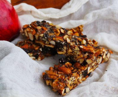 Apple Pie, Fruit And Nut Bars