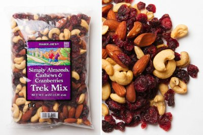 Simply the Best Trek Mix - Cashews, Almonds, Pineapple, Cranberries and Tart Cherries