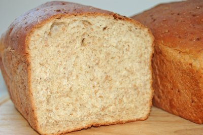 Cracked-Wheat Bread