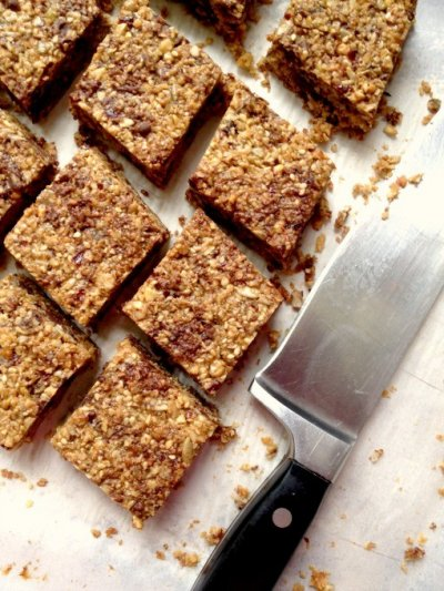 Golden Almond Chewy Granola Bar