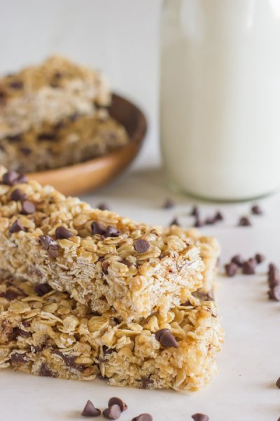 Chewy Granola Bars - Chocolate Chip