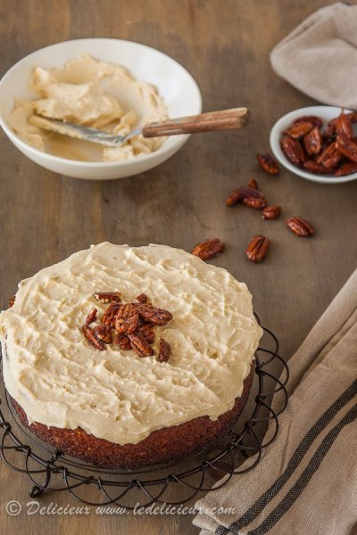 Cream Cheese With Roasted Pecans & Sweet Honey