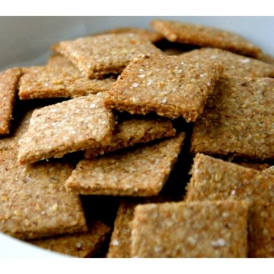 Baked Snack Crackers, Thin Wheat