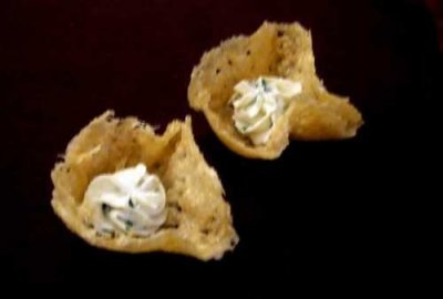 Rounds, Rosemary & Olive Oil Saltine Crackers