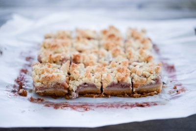 Strawberry Fruit And Grain Bars