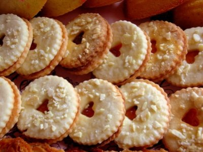 Almond St. Claus Cookies