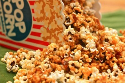 Chicago Style Caramel & Cheese Popcorn