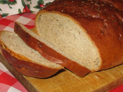 Light Rye Bread with Caraway Seeds