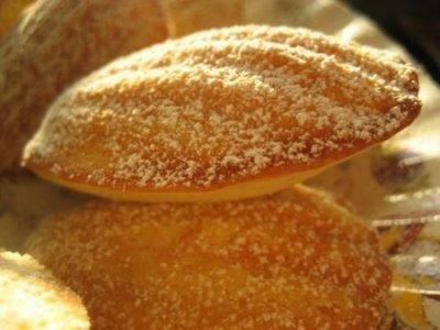 Madelines, Petite French Cakes