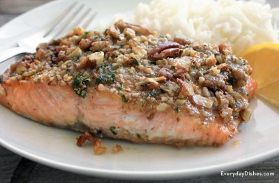 Honey Pecan Crusted Salmon Salad