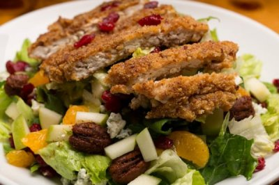 Pecan Breaded Chicken Salad, Combo  with Chianti Dressing
