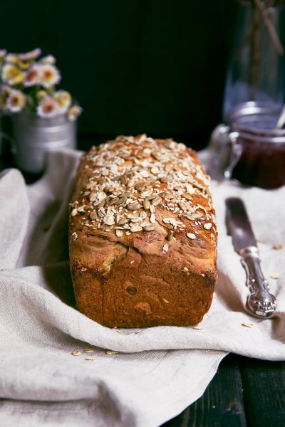 Sunflower & Honey Home-Maid Bread